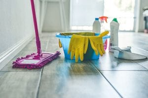3 Questions to Ask Yourself Before Hiring Cleaning Services